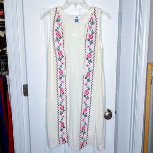 NWOT Old Navy Floral Embroidered Dress